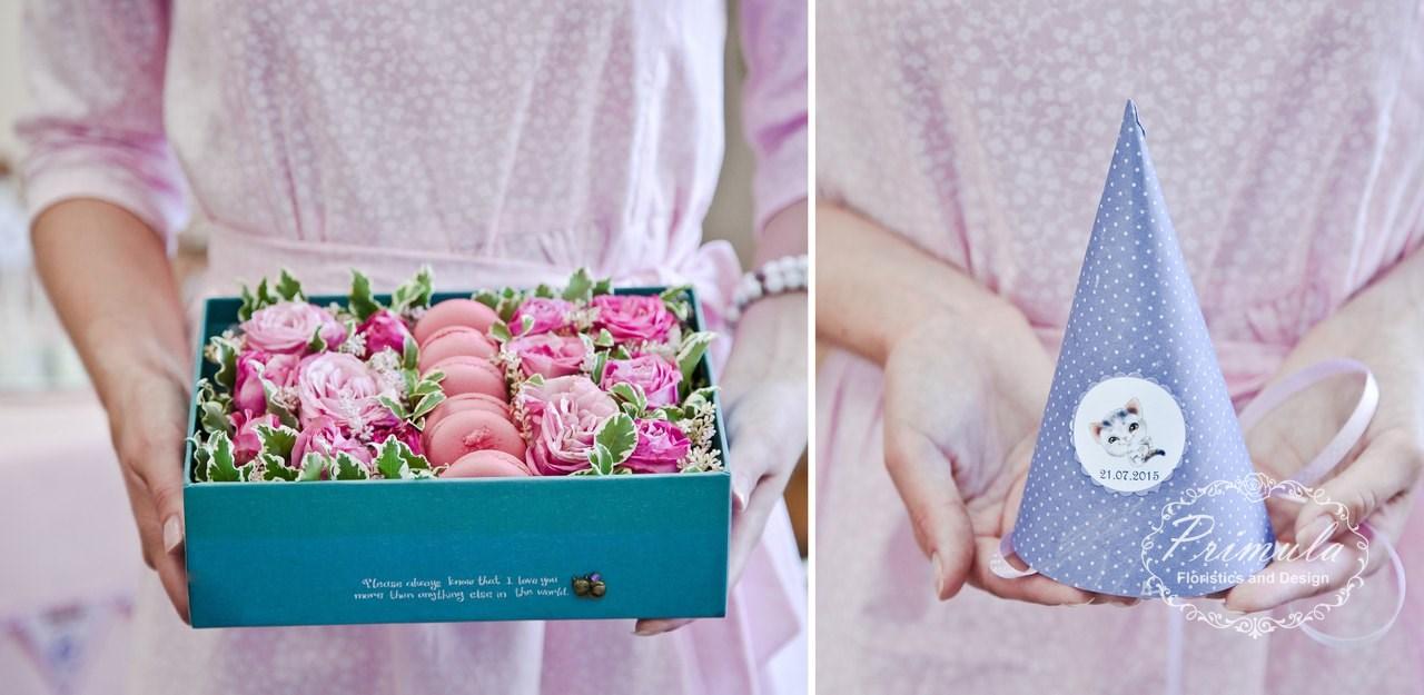 Цветочная коробочка с макаронс
